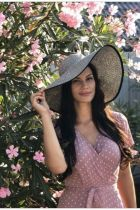 Call girl Madina (25 age, Doha)